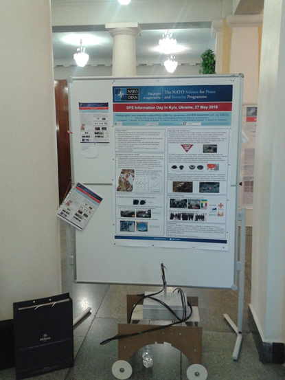 Poster and demostrative set-up